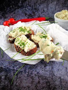 """Kókuszjoghurtos"""" krémsajt""""érdemes elkészíteni,finom reggelit varázsolhatunk az asztalra,paleo kenyérrel kínálva.A gépeket, alapanyagokat,recepteketitt t"""