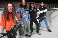TMD shares a PANTERA live audio bootleg. This soundboard recording comes from a date off the Ozzfest 2000 American tour in East Troy, Wisconsin on August 2000 at Alpine Valley Music Theatre Heavy Metal Music, Heavy Metal Bands, Pantera Band, Zakk Wylde, Dimebag Darrell, Solo Photo, Music Machine, Famous Musicians, Stuff And Thangs