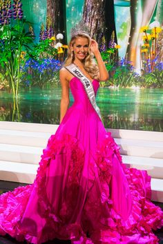 ¡BARBIE!  Olivia Jordan - Miss USA 2015 From Tulsa, Oklahoma. She will represent her country at 2015 Miss Universe Pageant-