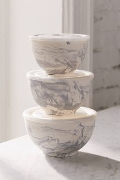 Marble Ceramic To-Go Bowl - Set Of 3 | Urban Outfitters