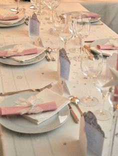 Inspiration: a pretty christening party for girls - Save The Deco - - Decoration Communion, Liberty Party, Diner Table, Christening Party, Pretty Pastel, Rose Pastel, Baby Shower Parties, Wedding Table, New Baby Products