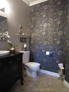 Baths With Stylish Color Combinations Powder Room Favorite And Creative