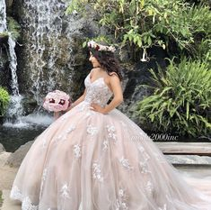 Informal showroom offering formal gowns for special events, including proms & quinceañeras. Book your appointment to say YES to your dream dress! 714 774 7537 845 N. Champagne Quinceanera Dresses, Mexican Quinceanera Dresses, Mexican Dresses, Quinceanera Planning, Quinceanera Cakes, Quinceanera Centerpieces, Quinceanera Ideas, White Quince Dresses, Quince Pictures