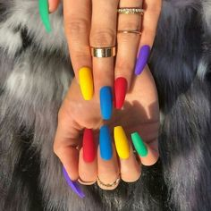 Everythings about Light Colour Nails For You ! 47 Most Eye-catching And Gorgeous Light Colour Nails Design With Different Colors For Beginner - Nail Idea Lιɠԋƚ Cσʅσυɾ Nαιʅʂ ? Colourful Acrylic Nails, Summer Acrylic Nails, Best Acrylic Nails, Summer Stiletto Nails, Edgy Nails, Grunge Nails, Nail Polish Colors, Two Color Nails, Different Colour Nails