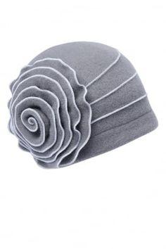 Malwina cloche hat #PrettyEccentric #1940s #Forties #Landgirls #Wartime #Cloche #Hat #Accessories #Vintage #Retro
