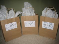 New Year's Countdown Bags. Good idea for kids :)