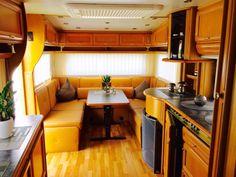 Sehr gepflegter Wohnwagen mit Klimaanlage, 2 große Dach-Ausstellfenster, Cityanschluss, im Dachhimmel integrierte Halogen-Strahler,…
