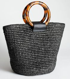 Summer straw tote bags come in a variety of shapes like buckets, clutches, and squares. Summer straw tote bags are eco-friendly, affordable and unique! Handbags On Sale, Tote Handbags, Tote Bags, Diaper Bag Backpack, Diaper Bags, Straw Tote, Black Tote Bag, Fashion Bags, Fashion Wear