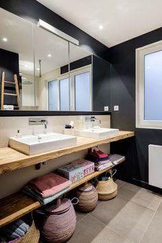 Bathroom Design Inspiration, Modern Bathroom Design, Design Ideas, Loft, Washroom, Corner Bathtub, Double Vanity, Home Remodeling, House Design
