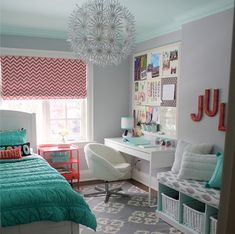 Teen Girl Bedrooms dazzling examples, room styling idea note 8693045683 - Comfy and adorable tips to plan a comfortable and cool teen girl room. The coool bedroom ideas for teen girls dream rooms tip shared on this cool date 20181225 Preteen Bedroom, Small Room Bedroom, Girls Bedroom, Modern Bedroom, Diy Bedroom, Bedroom Mint, Trendy Bedroom, Bedroom Furniture, Master Bedroom