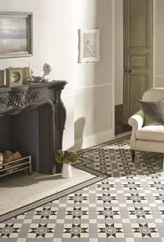 Victorian Floor Tiles Blenheim Pattern in Black, Grey and Dover White with Telford Border Victorian Hallway, Victorian Tiles, Modern Victorian, Victorian Bathroom, Hall Tiles, Tiled Hallway, Style At Home, Interior Exterior, Ideas