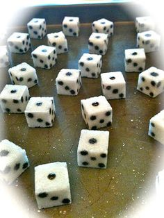 sugar cube dice... for bunco cupcakes!