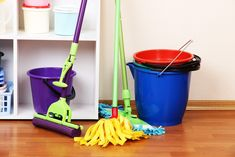 Meu primeiro trabalho na Irlanda! Green Cleaning Services, Residential Cleaning Services, Commercial Cleaning Services, Cleaning Companies, Weekly Cleaning, Cleaning Day, Deep Cleaning, Spring Cleaning, Cleaning Hacks