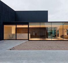 Obumex HQ in Staden Belgium by Govaert en Vanhoutte #modernhomewindows