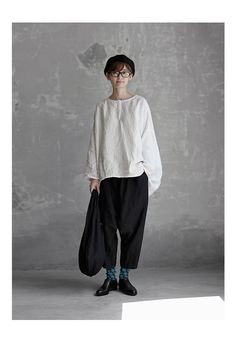 Creating the Men Minimalist Fashion Wardrobe Casual Outfits, Cute Outfits, Fashion Outfits, Womens Fashion, Mori Fashion, Natural Clothing, Smart Casual Wear, Androgynous Fashion, Mode Vintage