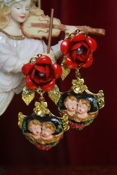Dolce Gabanna earrings 2018 cherub Maria royal