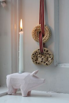 Scandinavian Holidays, Christmas Is Coming, Scandinavian Christmas, Christmas Diy, Xmas, Christmas Ornaments, Crochet Christmas, Holiday Festival, Candle Sconces