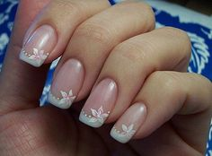 The best New nails art design big collection for summer Photos for girls. Colorful nails pictures with steps you can made easy. How to nail art designs, art nail designs, design nail polish, manicure french. French Tip Nail Designs, Flower Nail Designs, White Nail Designs, Simple Nail Art Designs, Flower Nail Art, French Tip Nails, French Tips, French Manicure With Design, Nail French