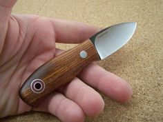 bushcraft knife by FIDDLEBACK bushcraftusa.com/… WKH.