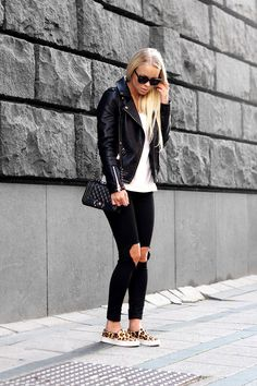 black and white outfit with leopard slip-on sneakers