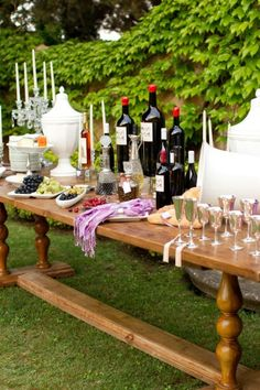 outdoor wine buffet table