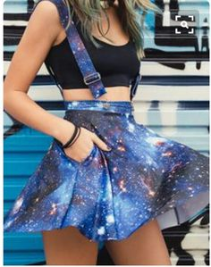 Una mini falda galáctica