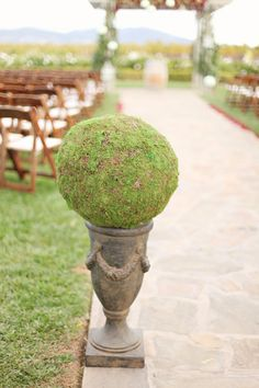 Moss-Wedding-Decor