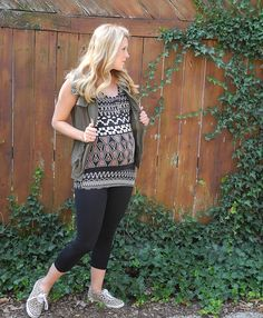 Tribal - 29 Weeks | Three Sweet Peas Maternity Style
