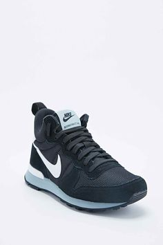 3b36c56e4776 83 best Sport Shoes images on Pinterest   Nike shoes, Beautiful ...
