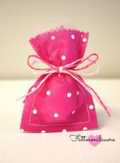 sacchetto bomboniera per il tuo evento del cuore, nascita, battesimo, comunione , cresima... visita il mio shop http://www.misshobby.com/fattoconilcuore