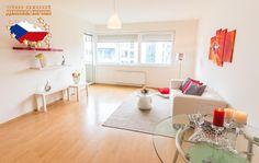 Недвижимость в Чехии: Продажа квартиры 2+КК, Прага 9 - Летняны, 150 000 € http://portal-eu.ru/kvartiry/2-komn/2+kk/realty256  Предлагается на продажу квартира 2+КК площадью 63 кв.м в районе Прага 9 – Летняны стоимостью 150 000 евро. Квартира находится на третьем этаже пятиэтажной новостройки 2010 года. Квартира состоит из кухни с бытовой техникой, кладовой, ванной комнаты, туалета, спальной комнаты, гостиной и лоджии. К квартире также прилагается подвал и место для парковки. Установлены…