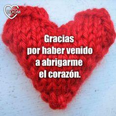 ¿Quién te abriga el corazón ❄❤? Compártelo con él o ella :) ¡Buenos días! #FelizJueves