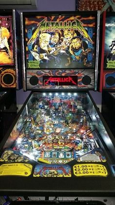 flipper Metallica pro, stern, pinball, massautomatic