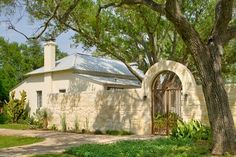 Rustic Mediterranean Ranch Leedy Interiors Design Ideas, Pictures, Remodel and Decor