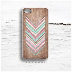 iPhone 4 and iPhone 4S case Geometric Chevron