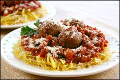 SPAGHETTI & MEATBALLS ALERT!!! 327 calories for a GINORMOUS plateful... (No, not a rumor.)