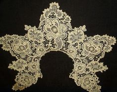 Victorian Lady Needlelace Lace Collar