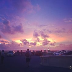 Another #sunset at the #GalleFaceHotel #Colombo #Wanderlust #SriLanka #Travel #Lifegoals