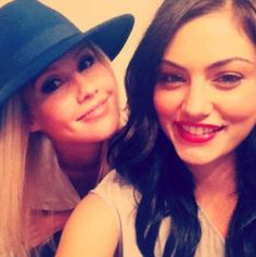 the vampire diaries clare holt  | ... Claire Holt and Phoebe Tonkin's Most Adorable Pics - The Vampire