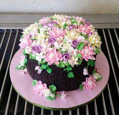 buttrcream flowers on chocolate ganache