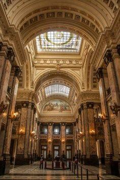 Hermoso interior del edificio del Palacio Legislativo, se conoce con el nombre…