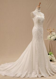 Long lace Mermaid Wedding Dress Cheap Wedding Gown / by DressHome A absolutely beautiful vintage wedding dress.