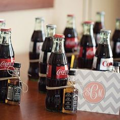 Jack and coke wedding favor Wedding Gift Bags, Gifts For Wedding Party, Wedding Favours, Party Gifts, Diy Wedding, Rustic Wedding, Drinks Wedding, Wedding Unique, Wedding Souvenir