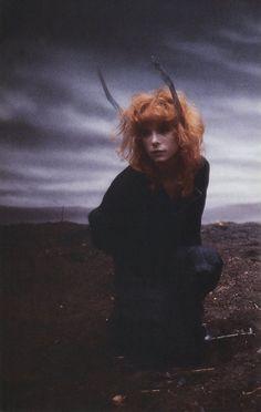 Mylène Farmer - Tournage du clip Sans Logique - Photographe : Marianne Rosenstiehl - Février 1989