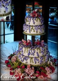 Round Cakes - Carries Wedding Cakes