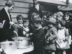 Great Depression Food Lines | ... face of the Great Depression by Michael Cannon (Loch Haven Books