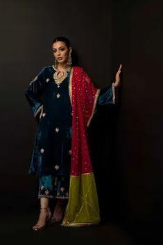 Pakistani Dresses Casual, Pakistani Dress Design, Indian Dresses, Indian Outfits, Pakistani Couture, Pakistani Bridal, Velvet Dress Designs, Walima Dress, Kurti Embroidery Design