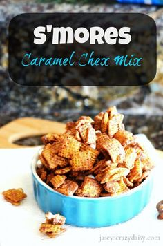 This Chex MIx is easy and delicious! Don't miss out on it! S'mores Chex Mix | Jasey's Crazy Daisy #chexmix