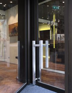 Hirsh Jewelry Boutique - 13 Grafton St. by diego bortolato, via Behance