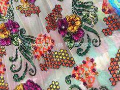 Frida Kahlo Wedding, Wedding Show, New Green, Dress Ideas, Color Mixing, Christmas Wreaths, Evening Dresses, Yard, Holiday Decor